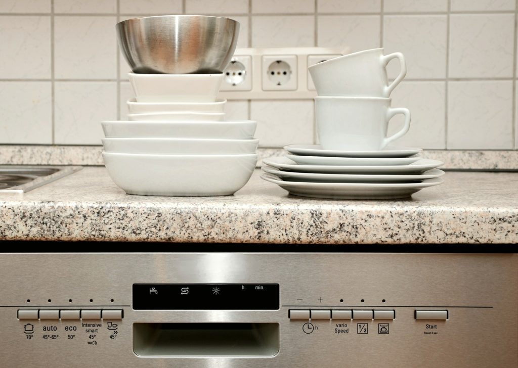 Jaką zmywarkę do kuchni wybrać?