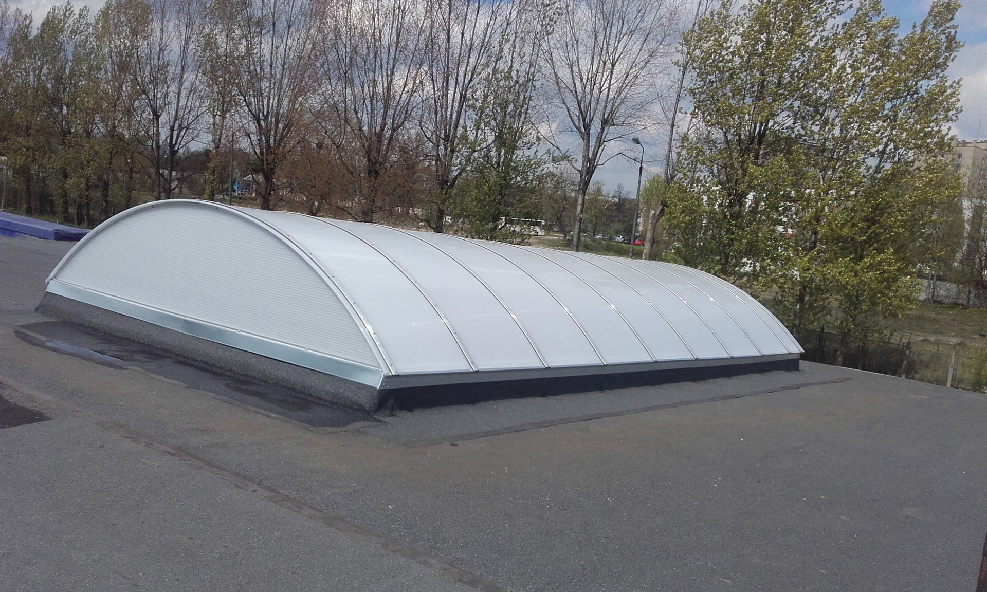 Świetlik dachowy w domu