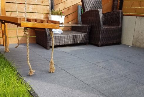 Renowacja balkonu lub tarasu z wykorzystaniem płyt gumowych