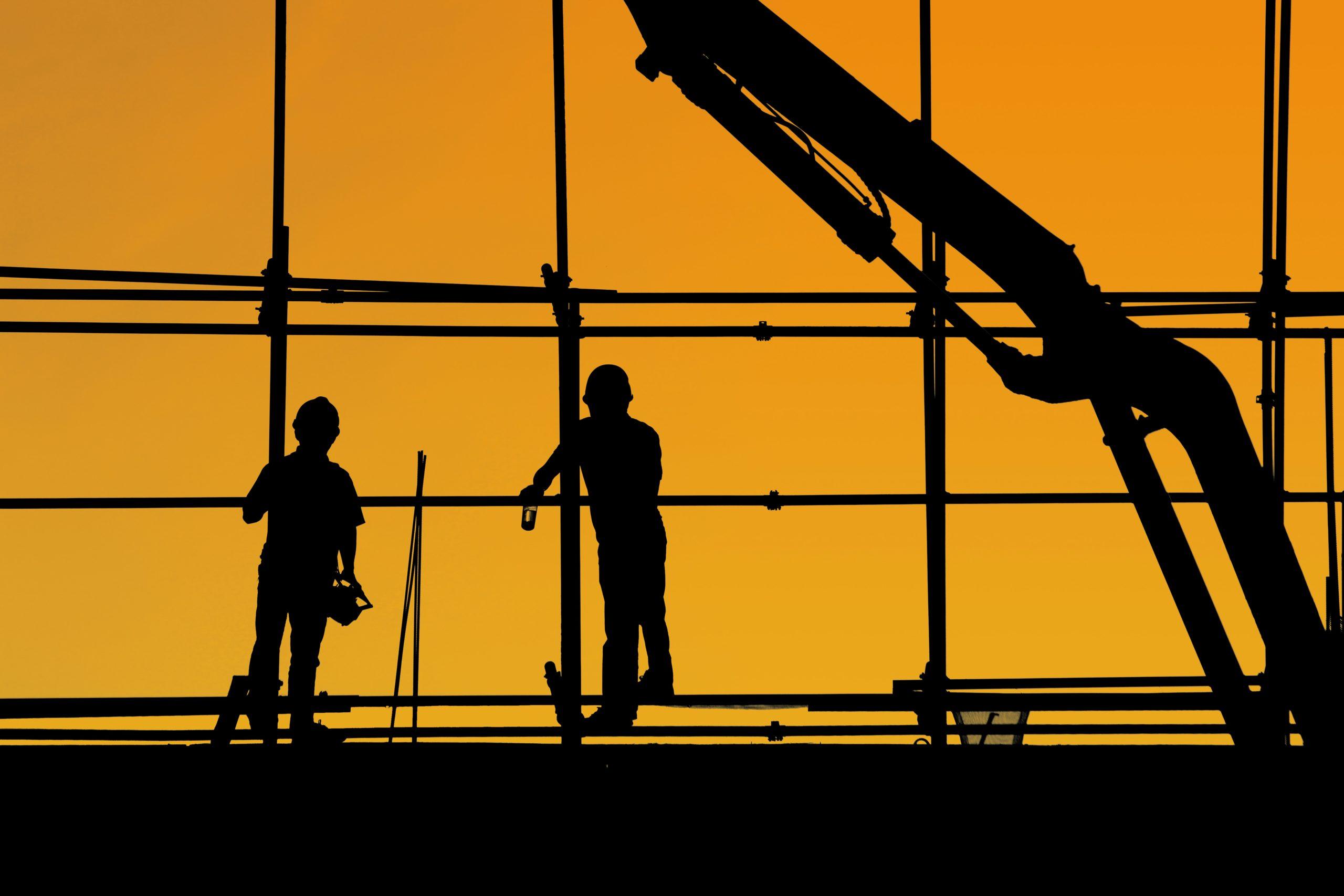 Jak zabezpieczyć konstrukcje stalowe przed zniszczeniem?