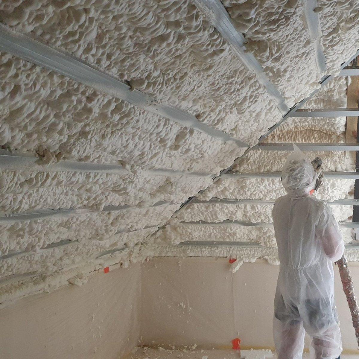 Innowacyjna metoda ocieplania domu pianką poliuretanową!