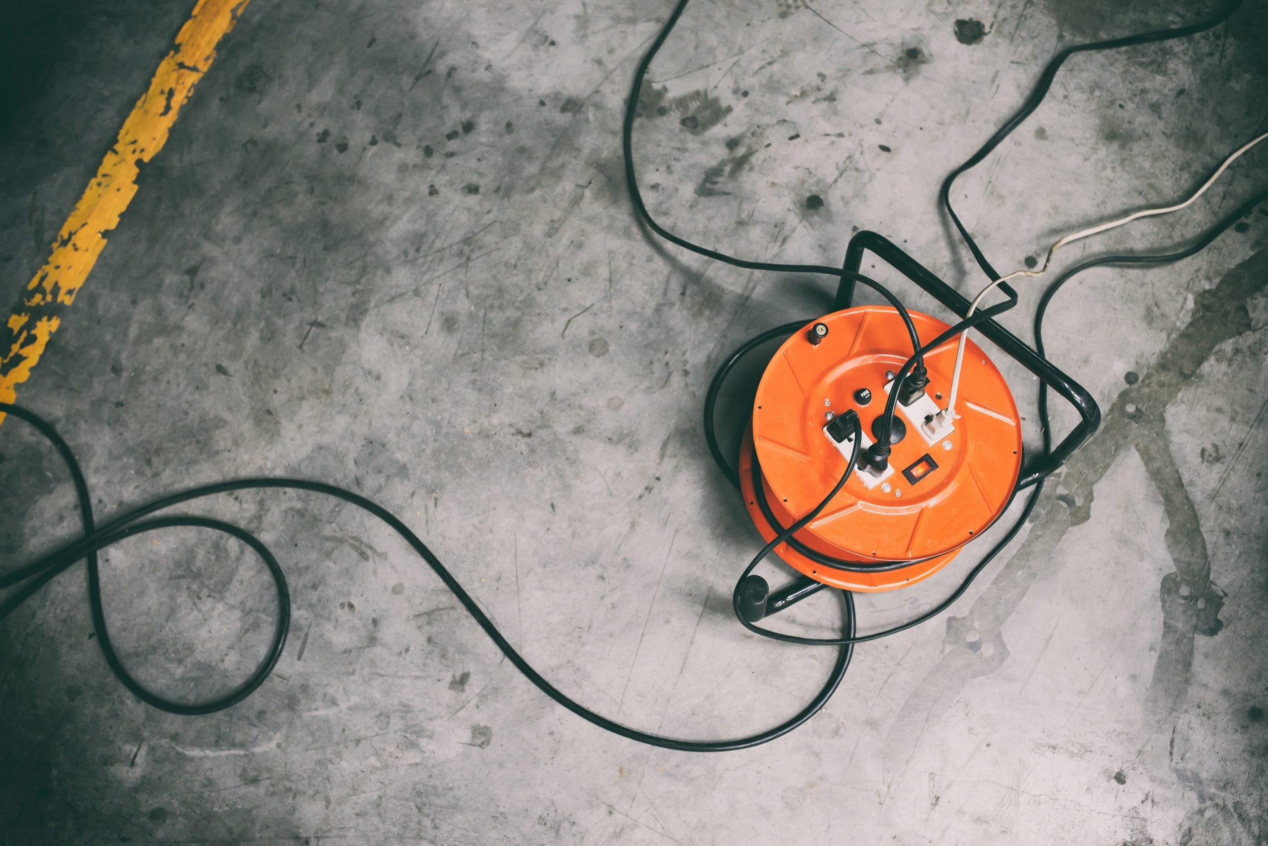 Przedłużacz bębnowy – niezbędny podczas remontu