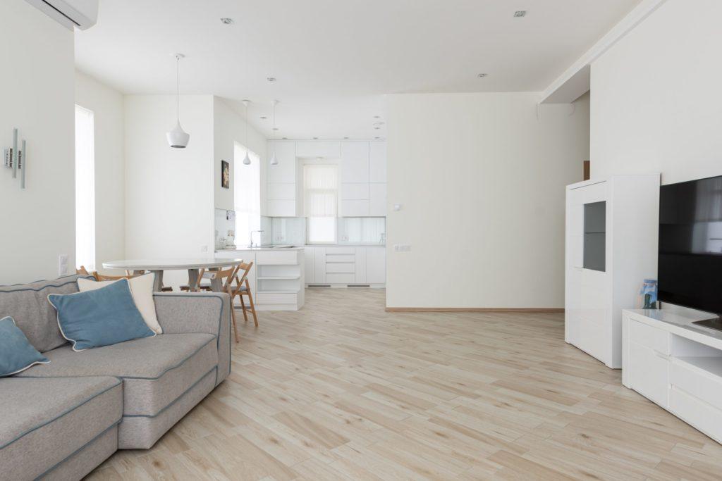 Panele na ogrzewanie podłogowe – co warto wiedzieć?