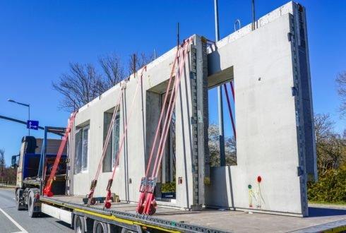 Budowa ścian z prefabrykatów a kryterium energooszczędności