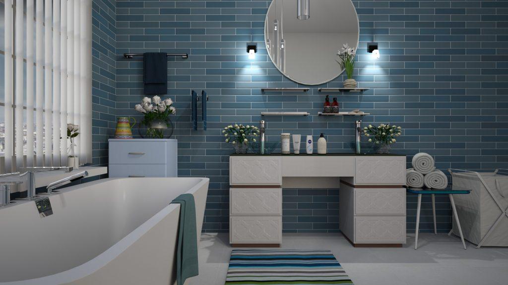 Jak oświetlić niewielką łazienkę?