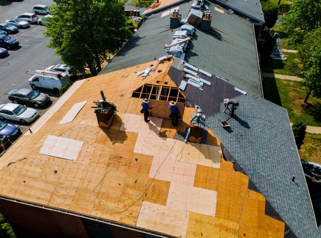 Zakup pokrycia dachowego w hurtowni 4D Grupa – szeroki wybór i najlepsze produkty na rynku