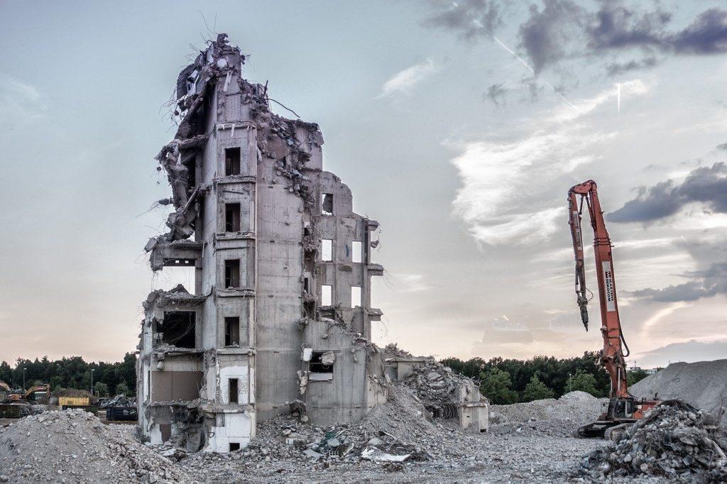 Rozbiórka – jak należy przygotować budynek?